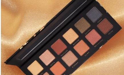 Artistry Eyeshadow palette available 1/12 @ 10 am