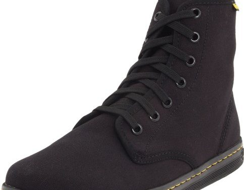 Dr. Martens Women's Shoreditch Boot,Blac…